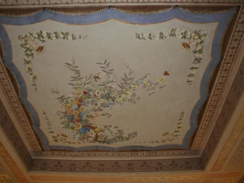 Villa Faina. Interno. Soffitto, decorazioni p Parco Tecnologico 3A-Progetto Ville e Giardini Regione Umbria; jpg; 768 pixels; 512 pixels