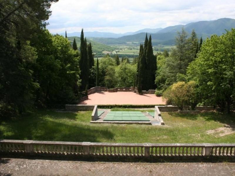 """Villa Franchetti """"Villalago"""". Veduta del teat Parco Tecnologico 3A-Progetto Ville e Giardini Regione Umbria; jpg; 768 pixels; 512 pixels"""