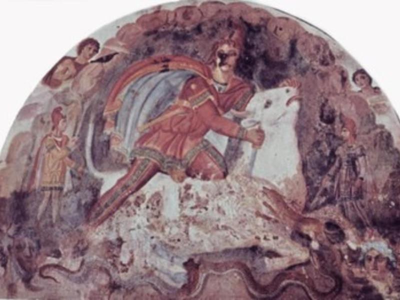 Mitreo, dettaglio della parete di fondo con l