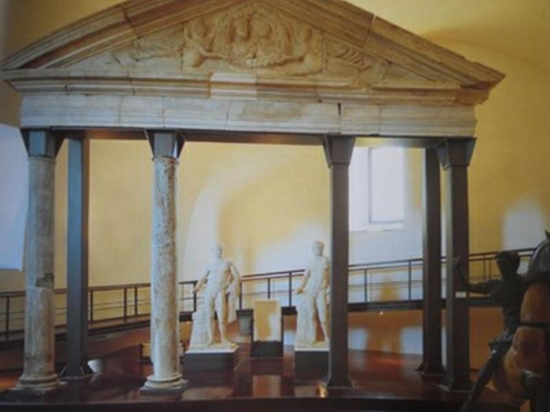 Museo Archeologico dei Campi Flegrei, Sacello