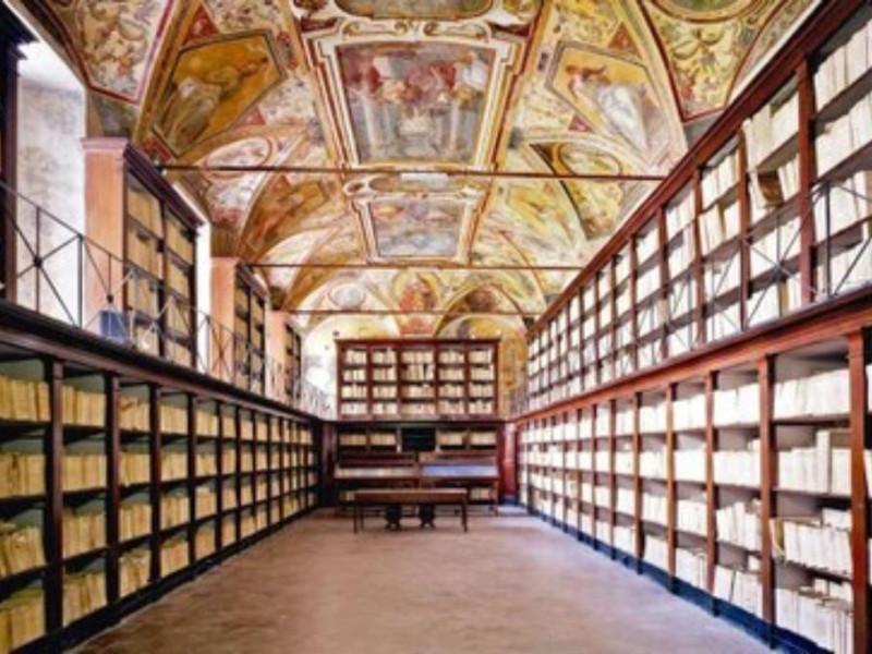Sala del Monastero benedettino dei Santi Seve