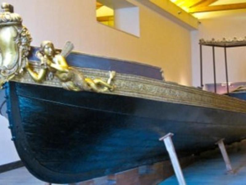La barca di Carlo III