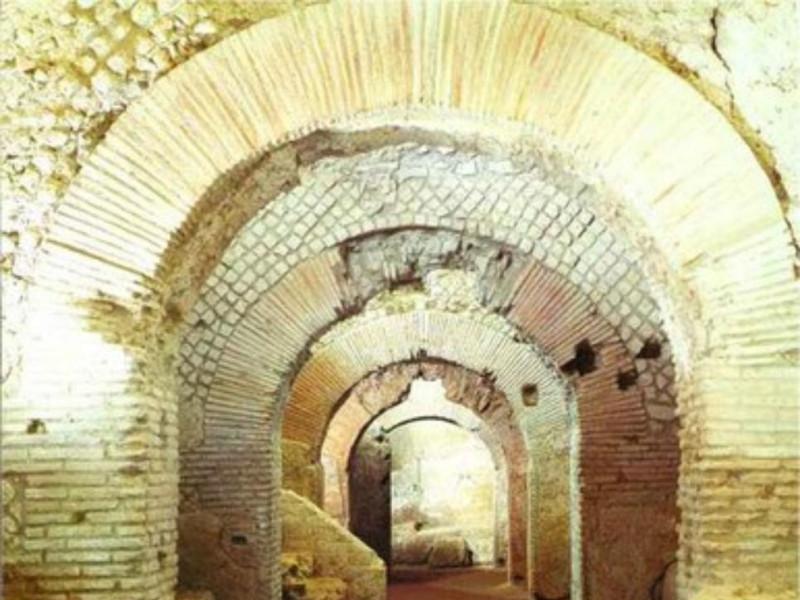 Area archeologica di San Lorenzo Maggiore, il