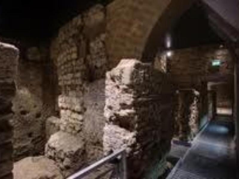 Area archeologica di San Lorenzo Maggiore, pa