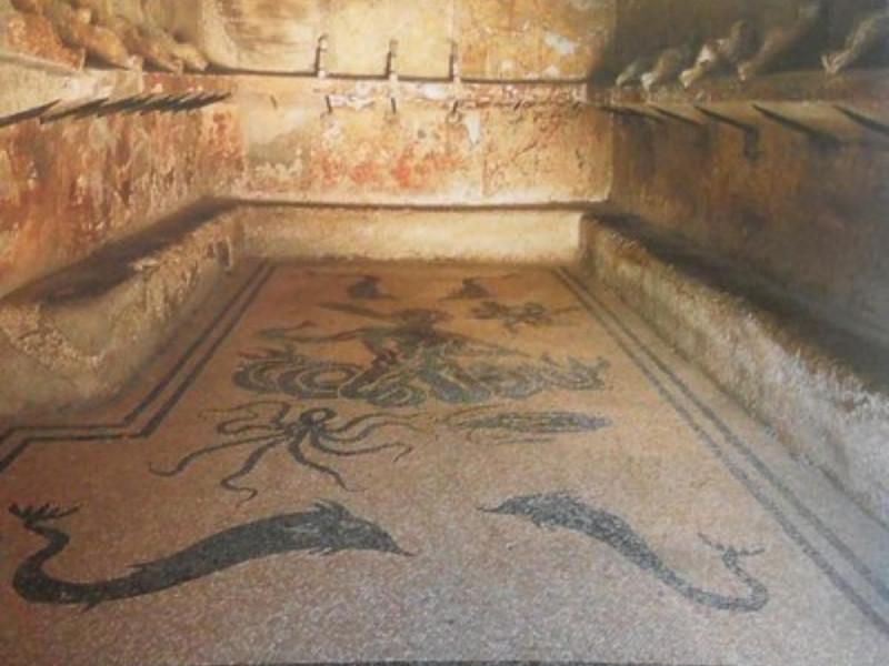 Scavi di Ercolano, apodyterium delle terme co