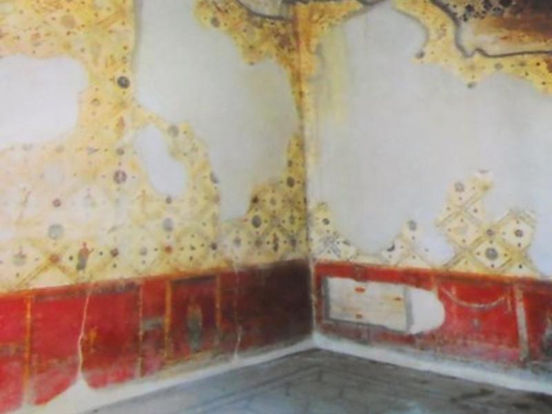 Villa Ariannna, ambiente con affreschi in IV