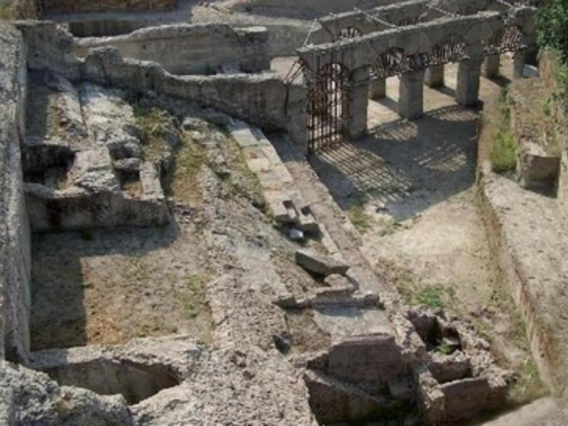 Stadio di Antonino Pio, cavea