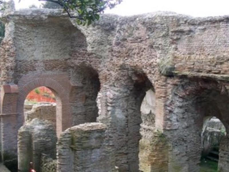 Stadio di Antonino Pio, ingresso settentriona