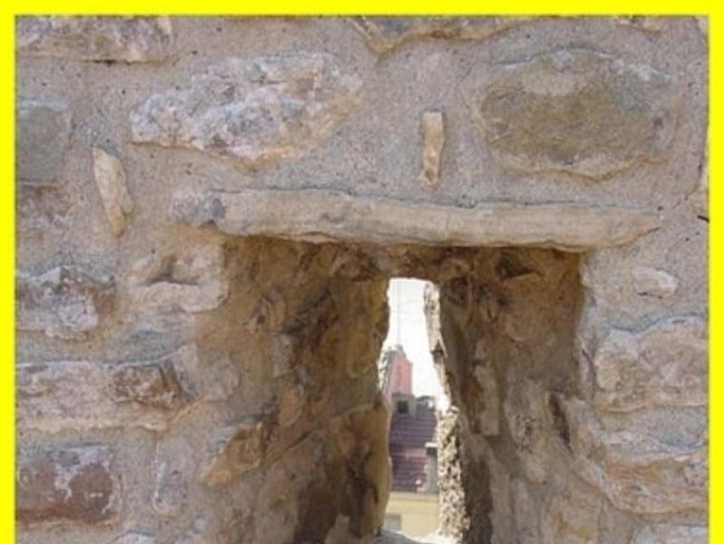 Particolare del Castello di Capua