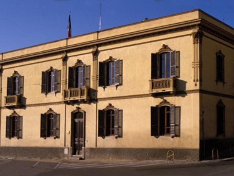 Palazzo barrago for Barrago arredamenti cagliari
