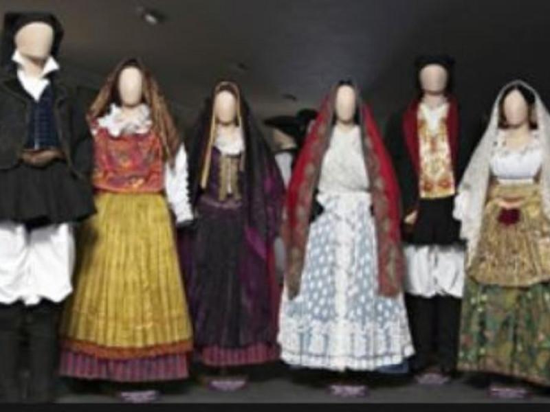 costumi sardi