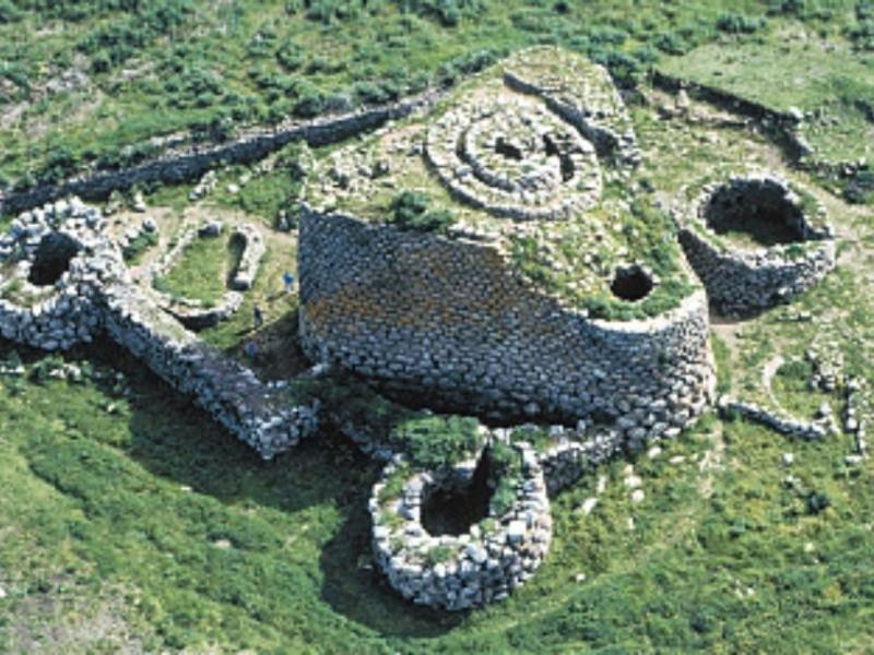 Area Archeologica Nuraghe Losa