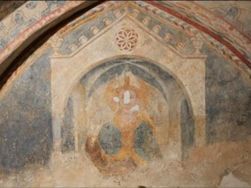 Affresco raffigurante San Ludovico da Tolosa