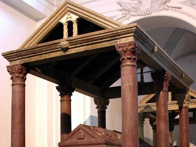 Cattedrale di Palermo: sarcofago di Federico II