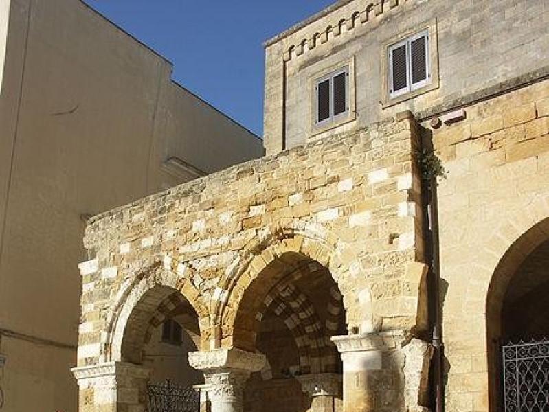 Portico dei Cavalieri Templari