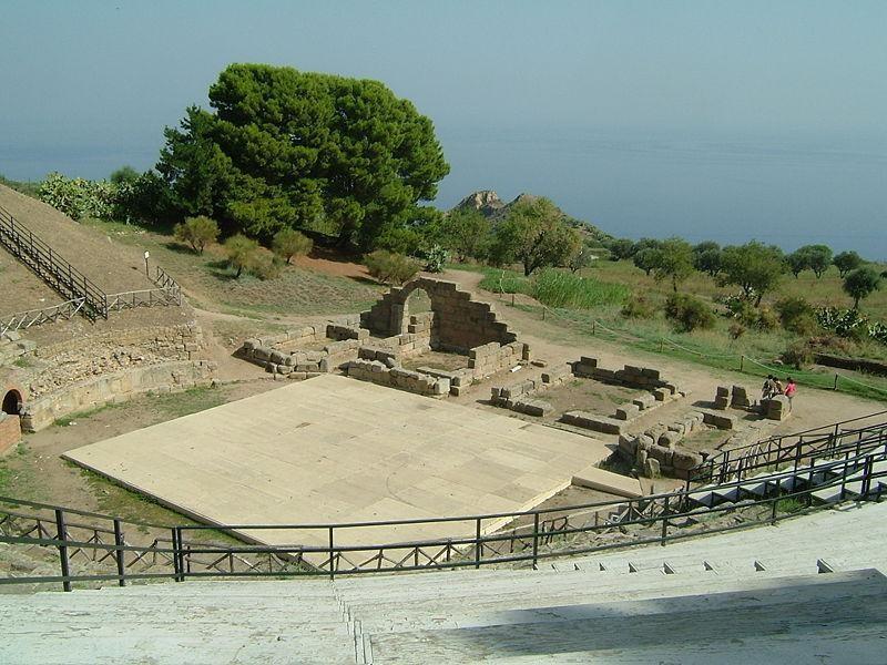 Tindari: teatro greco