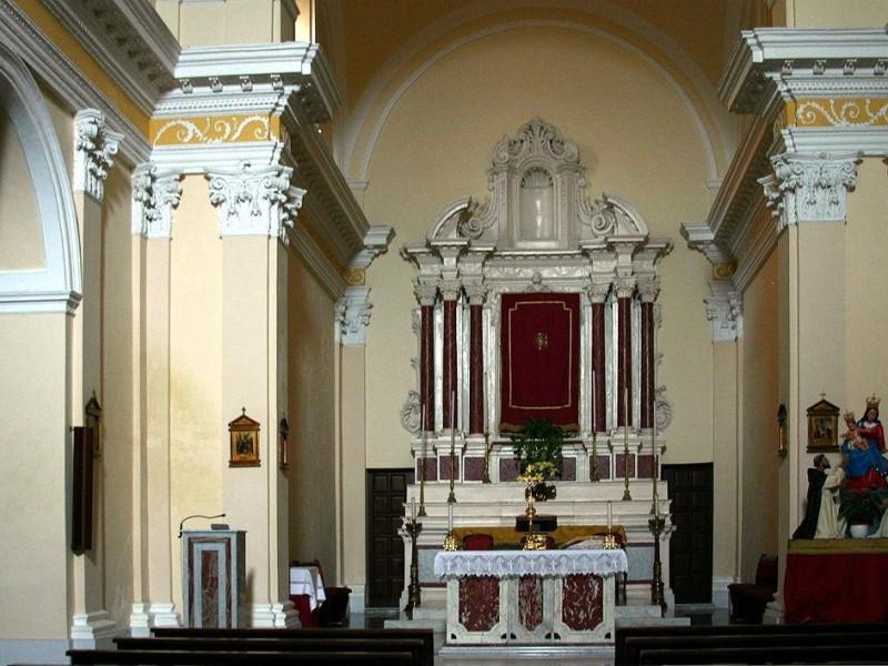 Chiesa del SS Rosario: Altare Principale