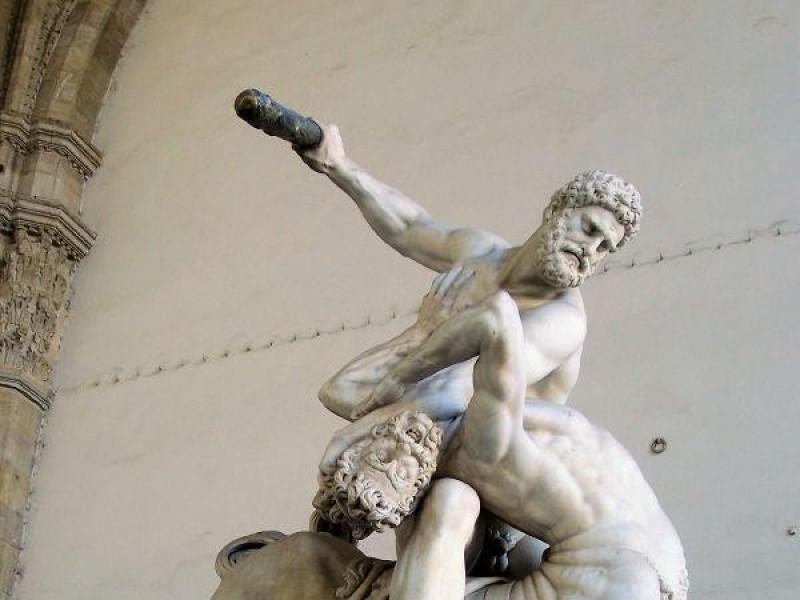 Loggia dei Lanzi: Ercole e il centauro (Gianbologna)