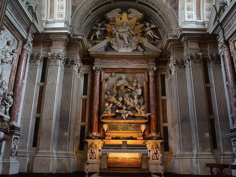 Basilica di Santa Maria del Carmine: cappella corsini