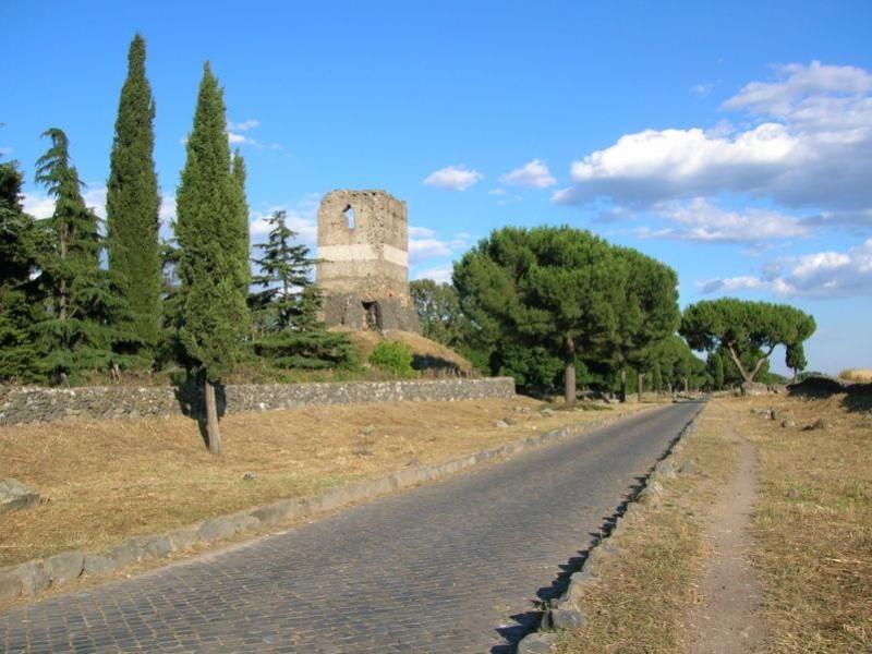 Parco Regionale dell'Appia Antica: torre selci