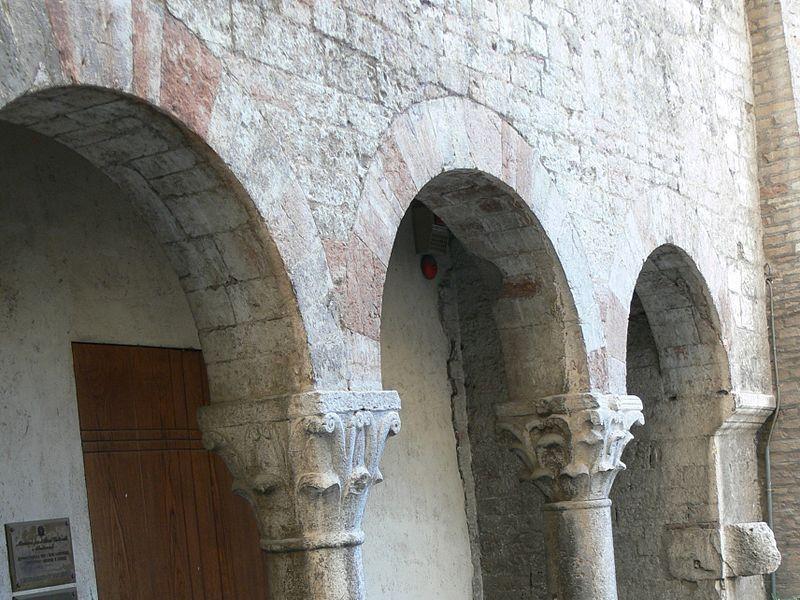 Portico antica Chiesa di Sant'Agata