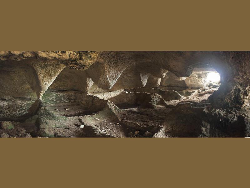 Grotta delle Cento Bocche