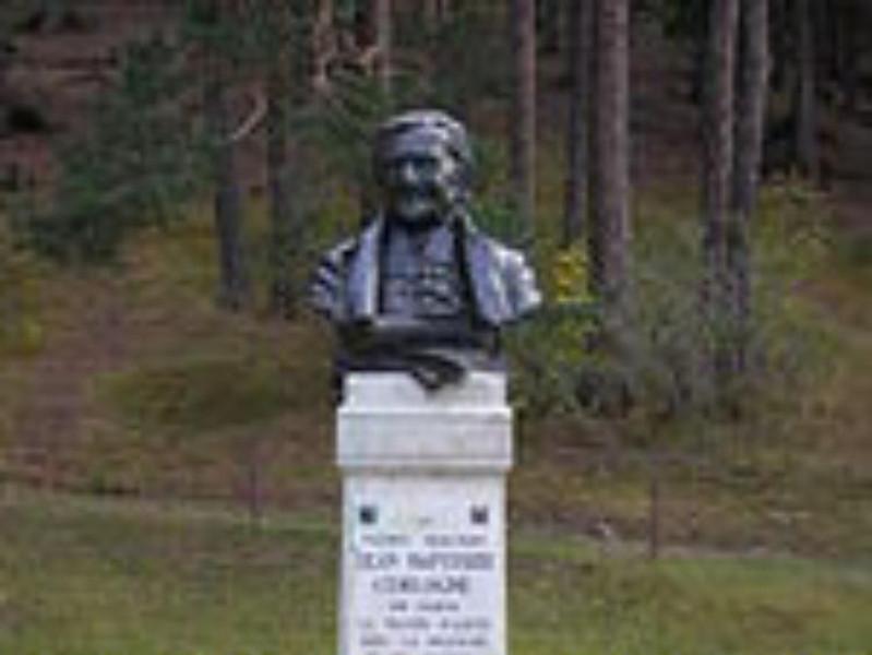 Monumento_a_Cerlogne_St_Nicolas