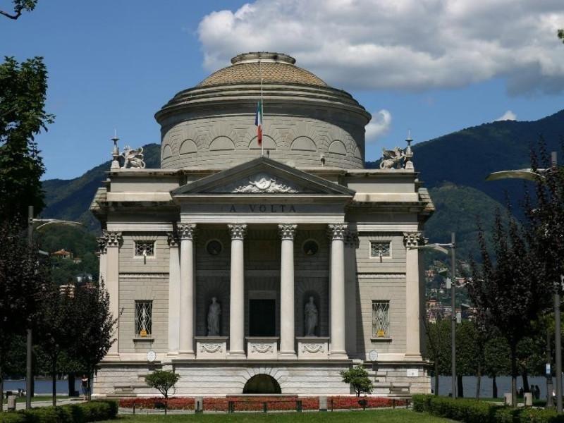 Como, Tempio Voltiano