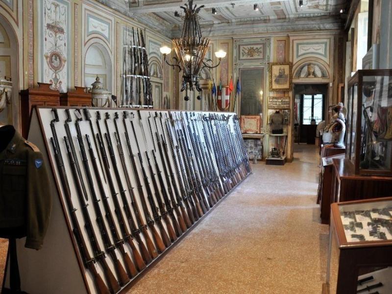 Turate, Casa Militare Umberto I