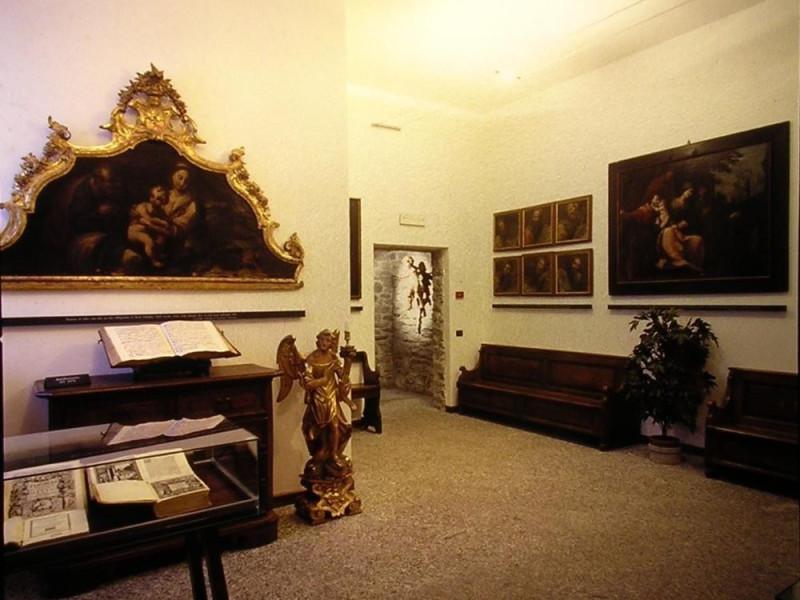 Chiavenna, Museo del Tesoro e Battistero della Collegiata di San Lorenzo